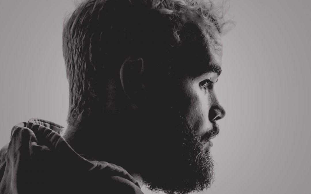Steile Stirn – geradlinige Denkprozesse