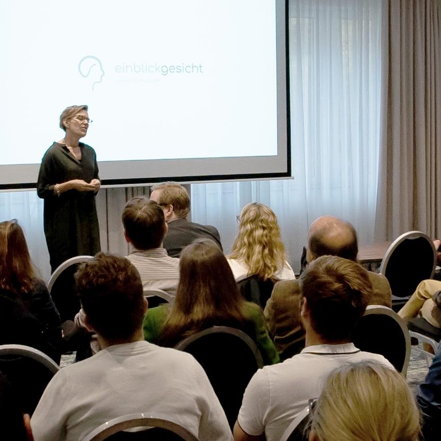 Gesichtleserin Anne Fierhauser Keynote